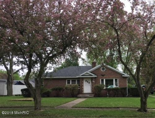 445 N Third Street, Burr Oak, MI 49030 (MLS #18022514) :: 42 North Realty Group