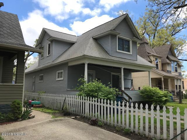 2340 Jefferson Street, Muskegon Heights, MI 49444 (MLS #18022568) :: Carlson Realtors & Development