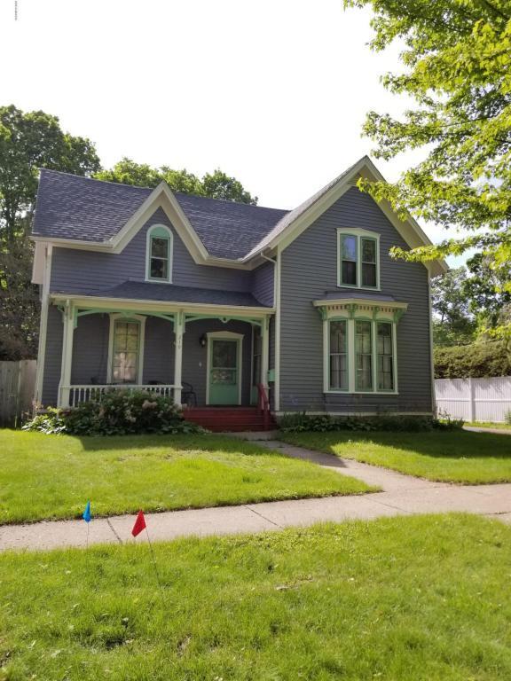 219 N Eagle Street, Marshall, MI 49068 (MLS #18022742) :: Carlson Realtors & Development