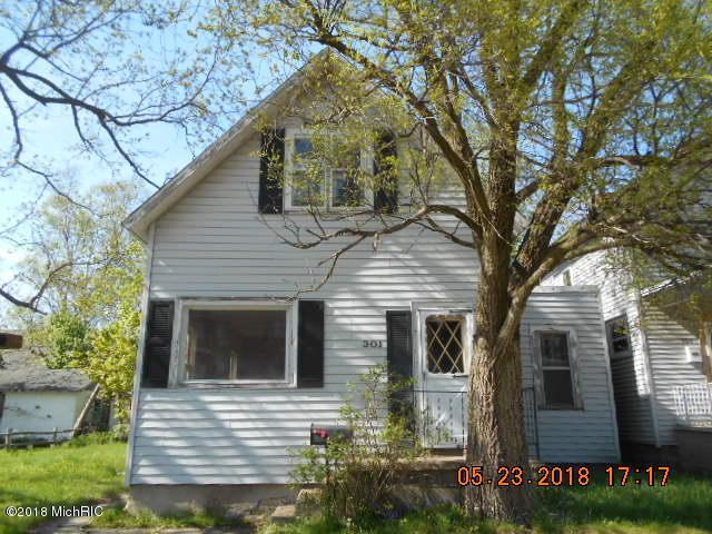 301 E Pere Marquette Street, Ludington, MI 49431 (MLS #18022892) :: Carlson Realtors & Development