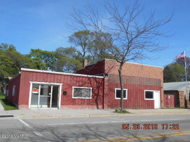 603 S James Street, Ludington, MI 49431 (MLS #18022925) :: Carlson Realtors & Development