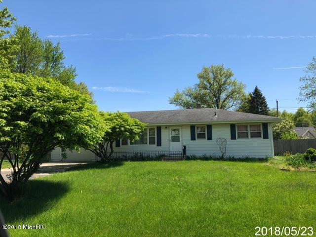 1750 Jayme Drive, Baroda, MI 49101 (MLS #18022949) :: Deb Stevenson Group - Greenridge Realty