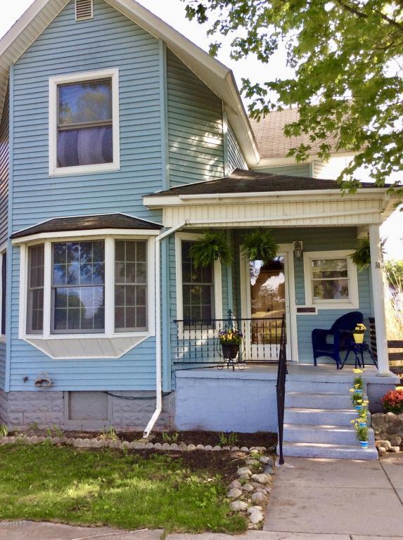 253 3rd Street, Manistee, MI 49660 (MLS #18023186) :: Carlson Realtors & Development