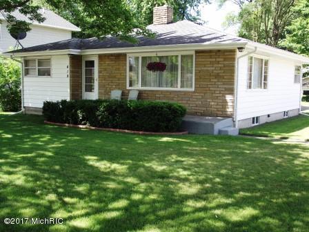 419 N Washington Avenue, Ludington, MI 49431 (MLS #18023229) :: Carlson Realtors & Development