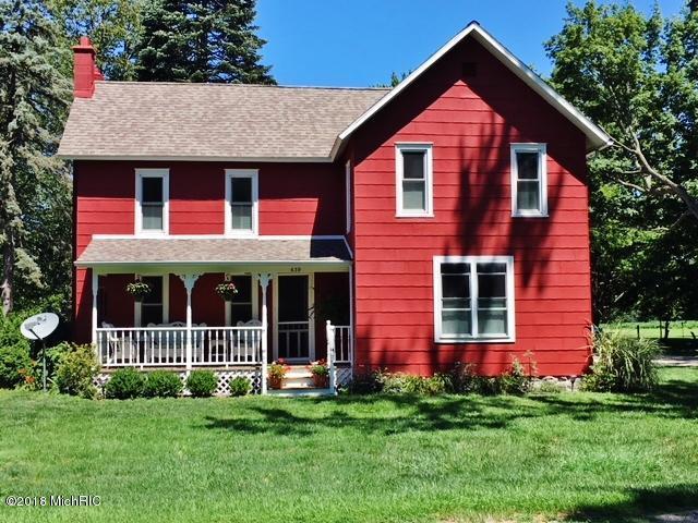 639 W Lemon Creek Road, Baroda, MI 49101 (MLS #18023412) :: Carlson Realtors & Development