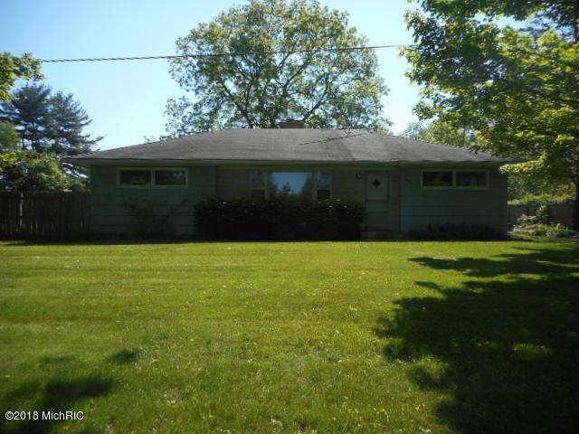 7806 N 40th Street, Augusta, MI 49012 (MLS #18023760) :: Matt Mulder Home Selling Team
