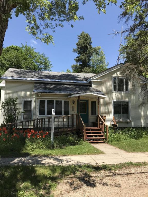 309 E Berrien Street, Paw Paw, MI 49079 (MLS #18024167) :: 42 North Realty Group
