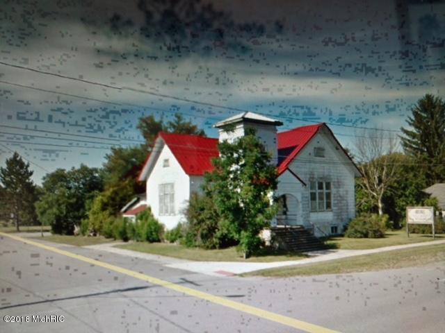 301 W Main Street, Mecosta, MI 49332 (MLS #18025361) :: 42 North Realty Group