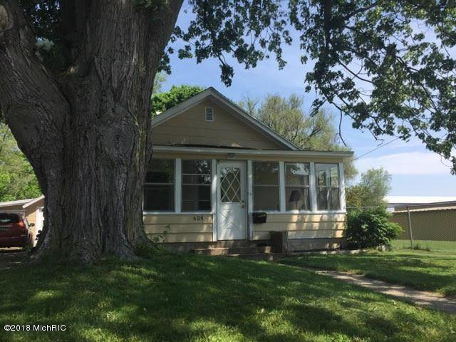 404 E Sprague Street, Greenville, MI 48838 (MLS #18025823) :: 42 North Realty Group