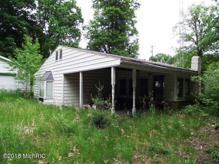 723 W Deer Run Road, Free Soil, MI 49411 (MLS #18028205) :: 42 North Realty Group