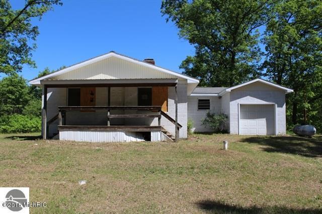 2648 W Crescent Street, Baldwin, MI 49304 (MLS #18028425) :: 42 North Realty Group