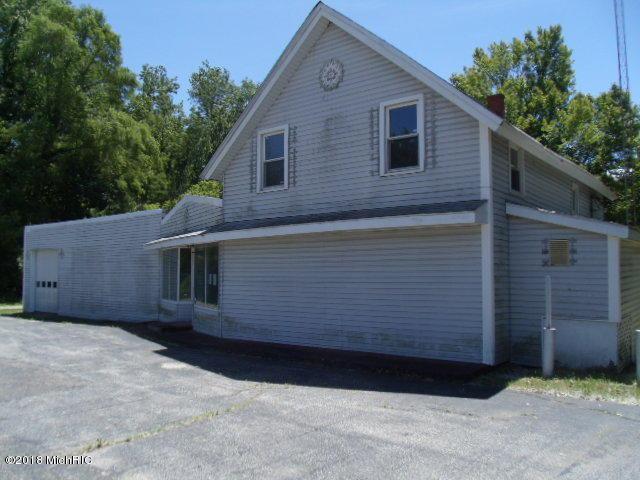 65597 Red Arrow Highway, Hartford, MI 49057 (MLS #18028913) :: 42 North Realty Group