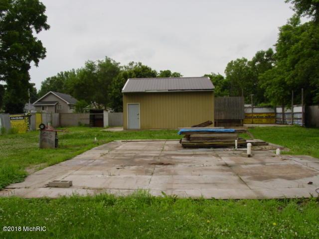 3302 Greenfield Avenue, Kalamazoo, MI 49048 (MLS #18028968) :: 42 North Realty Group