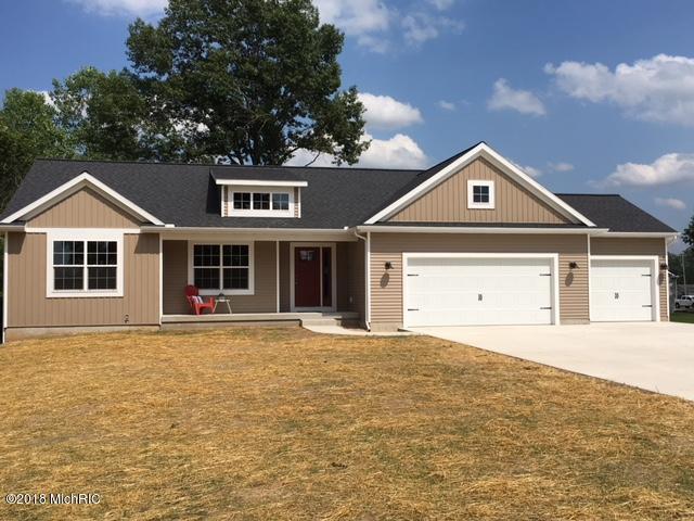 4072 Bender Road, Middleville, MI 49333 (MLS #18031627) :: 42 North Realty Group