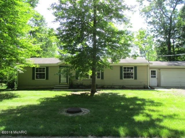 27 N Castle Drive, Springfield, MI 49037 (MLS #18032351) :: 42 North Realty Group