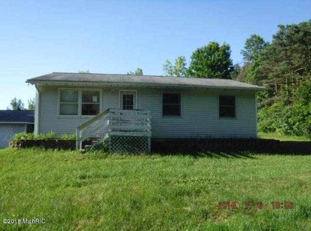 9597 E T Avenue, Vicksburg, MI 49097 (MLS #18032379) :: 42 North Realty Group