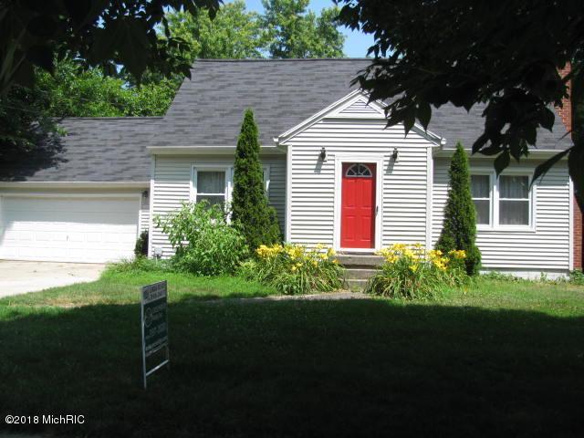 345 E Superior Street, Wayland, MI 49348 (MLS #18032542) :: 42 North Realty Group