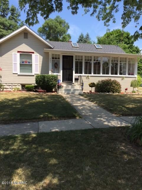205 E North Street, Albion, MI 49224 (MLS #18033106) :: 42 North Realty Group