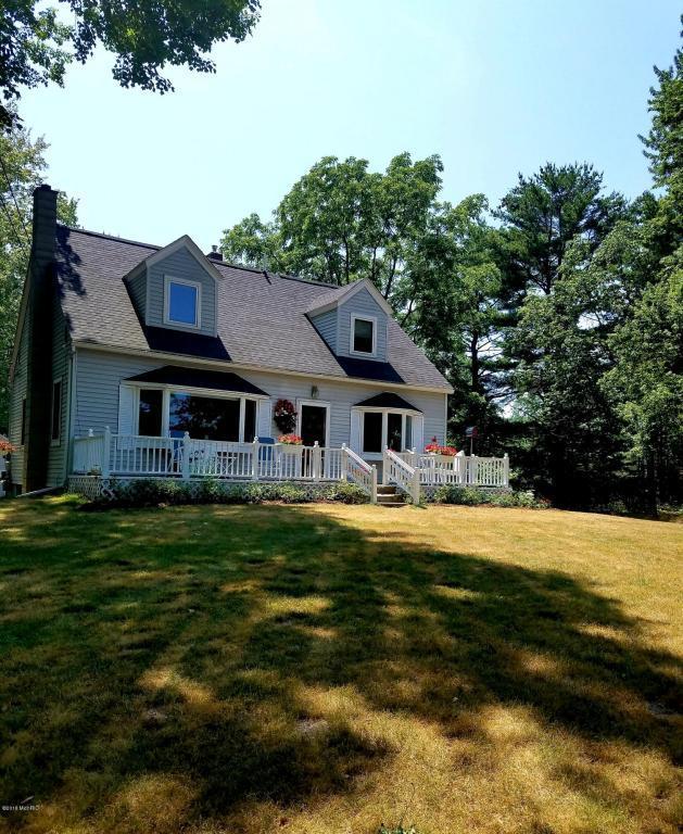 1173 W Mt. Garfield Road, Norton Shores, MI 49441 (MLS #18033500) :: Carlson Realtors & Development