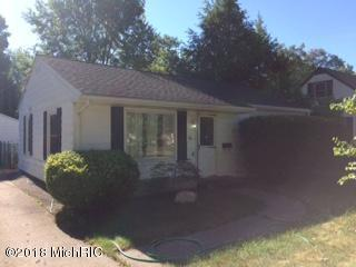 18 N 22nd Street, Battle Creek, MI 49015 (MLS #18033825) :: Matt Mulder Home Selling Team