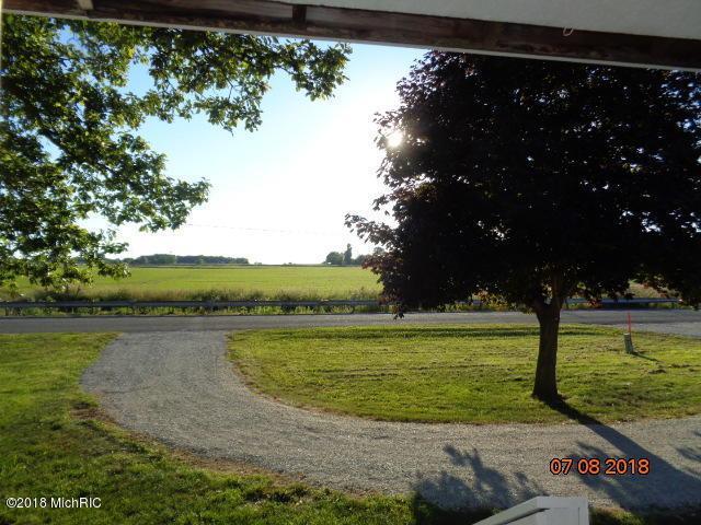 Holden Road, Baroda, MI 49101 (MLS #18034670) :: Deb Stevenson Group - Greenridge Realty
