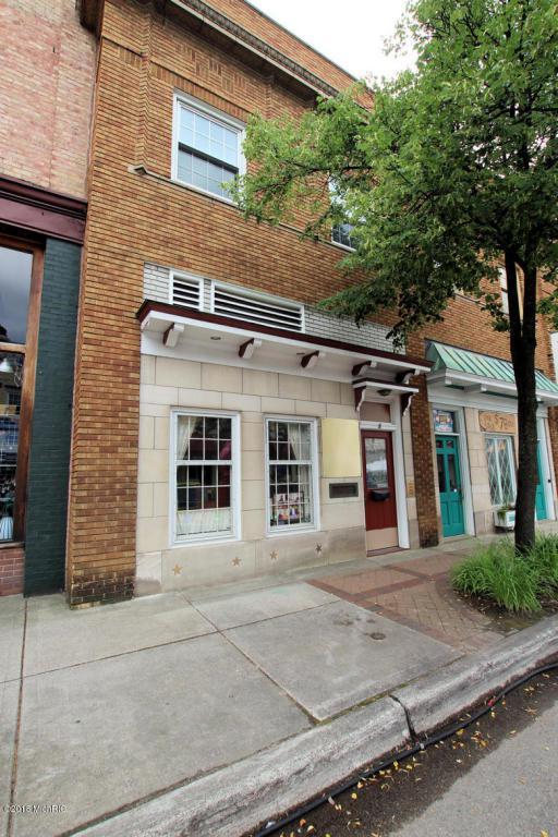 8 E Main Street, Fremont, MI 49412 (MLS #18034865) :: Carlson Realtors & Development