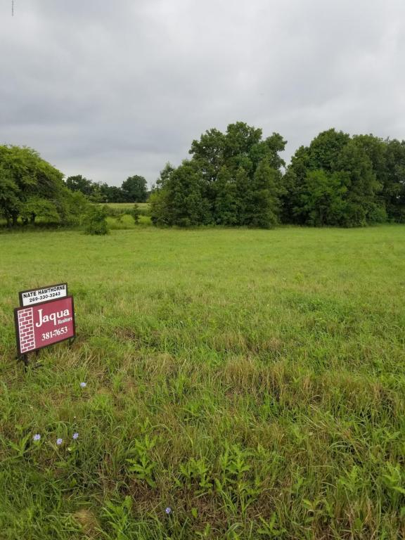 2694 Hickory Ridge, Galesburg, MI 49053 (MLS #18034912) :: Deb Stevenson Group - Greenridge Realty
