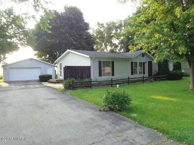 194 Karen Drive, Galien, MI 49113 (MLS #18039517) :: Carlson Realtors & Development