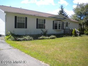 18661 Hoover Road, Big Rapids, MI 49307 (MLS #18040567) :: Deb Stevenson Group - Greenridge Realty