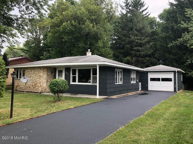 506 Thomas Street, Scottville, MI 49454 (MLS #18042394) :: Deb Stevenson Group - Greenridge Realty