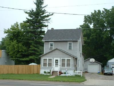 814 W Michigan Avenue, Marshall, MI 49068 (MLS #18043763) :: Carlson Realtors & Development