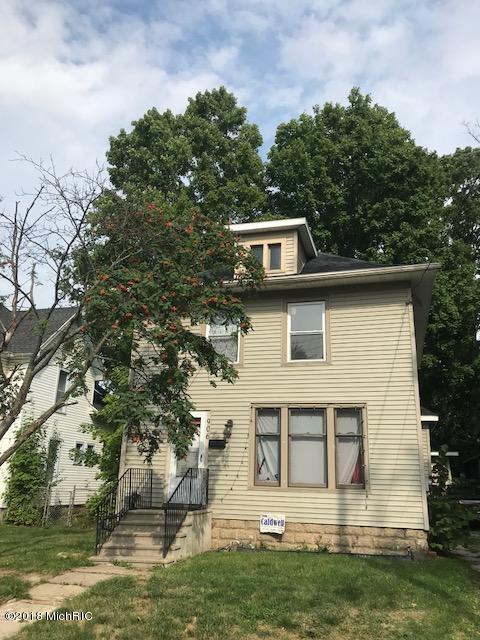 906 N Sycamore Street, Lansing, MI 48906 (MLS #18044150) :: Carlson Realtors & Development