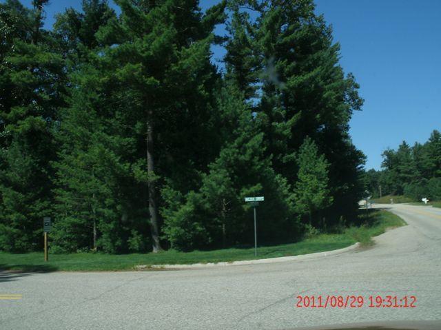 2410 Vig Drive, Fruitport, MI 49415 (MLS #18045030) :: JH Realty Partners