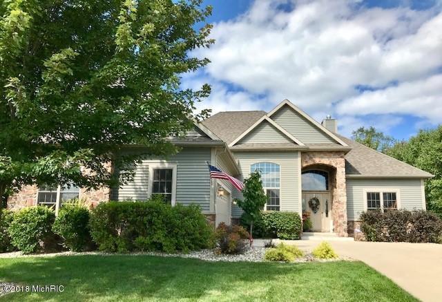 2125 Joni Lane, Stevensville, MI 49127 (MLS #18045520) :: Carlson Realtors & Development