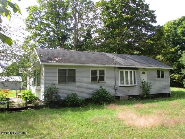 4256 E Kirby Road, Battle Creek, MI 49037 (MLS #18045935) :: Carlson Realtors & Development