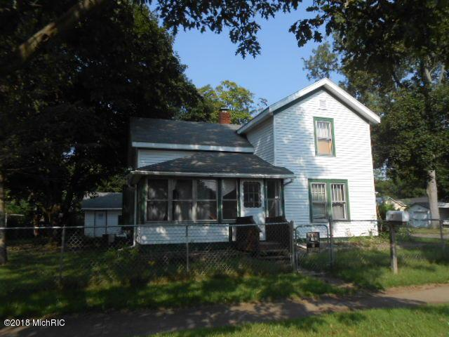 701 8th Street, Three Rivers, MI 49093 (MLS #18046258) :: Carlson Realtors & Development