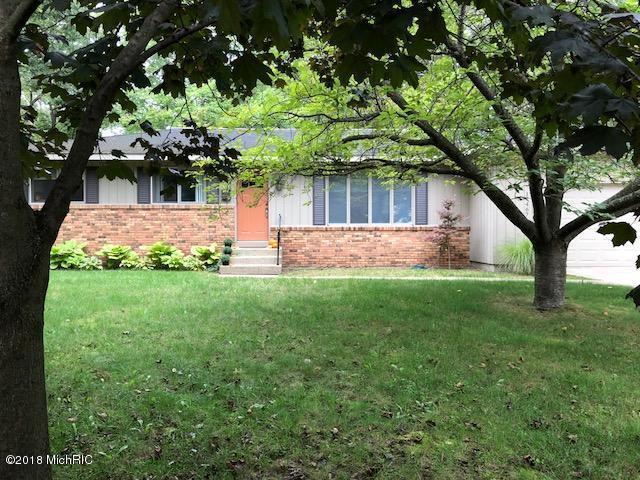 17467 148th Avenue, Spring Lake, MI 49456 (MLS #18046600) :: JH Realty Partners
