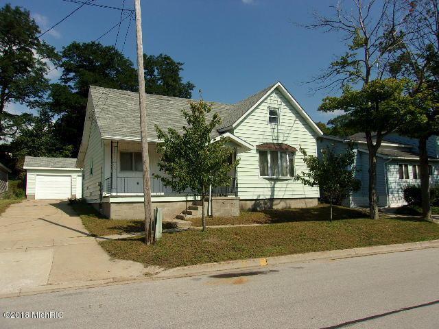 356 Tenth Street, Manistee, MI 49660 (MLS #18047228) :: JH Realty Partners
