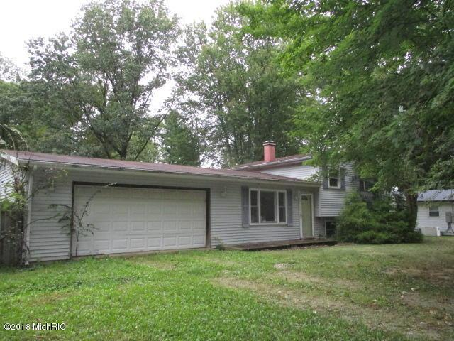 223 Culp Drive, East Leroy, MI 49051 (MLS #18047676) :: Deb Stevenson Group - Greenridge Realty