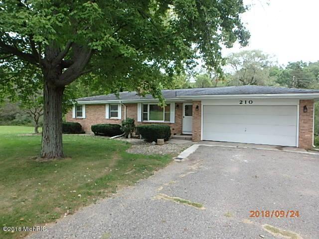 210 Creekside Drive, Battle Creek, MI 49014 (MLS #18048307) :: JH Realty Partners