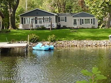 46868 Meadow Lane, Decatur, MI 49045 (MLS #18049531) :: Deb Stevenson Group - Greenridge Realty