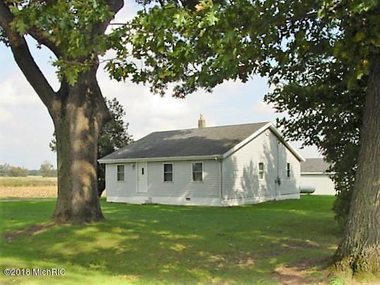 81451 48th Street, Decatur, MI 49045 (MLS #18050014) :: Deb Stevenson Group - Greenridge Realty