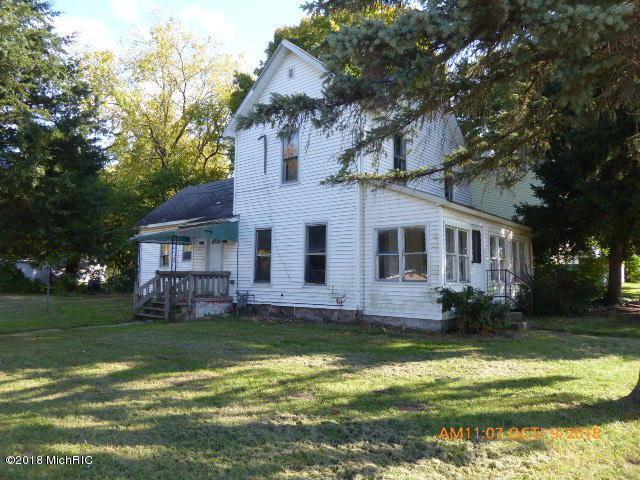 601 E State Street, Cassopolis, MI 49031 (MLS #18050508) :: Deb Stevenson Group - Greenridge Realty