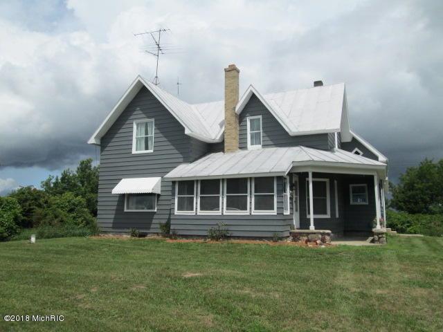 6209 E 120th Street, Sand Lake, MI 49343 (MLS #18050883) :: Matt Mulder Home Selling Team