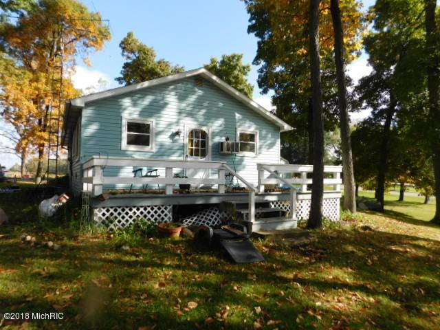 537 E Southern, Coldwater, MI 49036 (MLS #18051022) :: Matt Mulder Home Selling Team