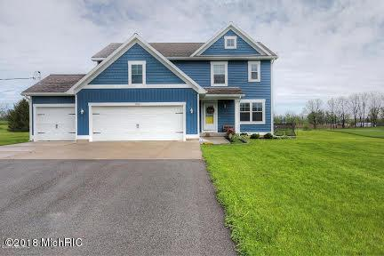 7789 Morse Lake Avenue SE, Alto, MI 49302 (MLS #18051232) :: Deb Stevenson Group - Greenridge Realty