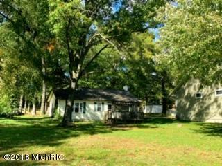 1455 Glenwood Avenue, Muskegon, MI 49445 (MLS #18051485) :: Deb Stevenson Group - Greenridge Realty