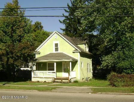 515 S 3rd Street, Niles, MI 49120 (MLS #18051587) :: Deb Stevenson Group - Greenridge Realty