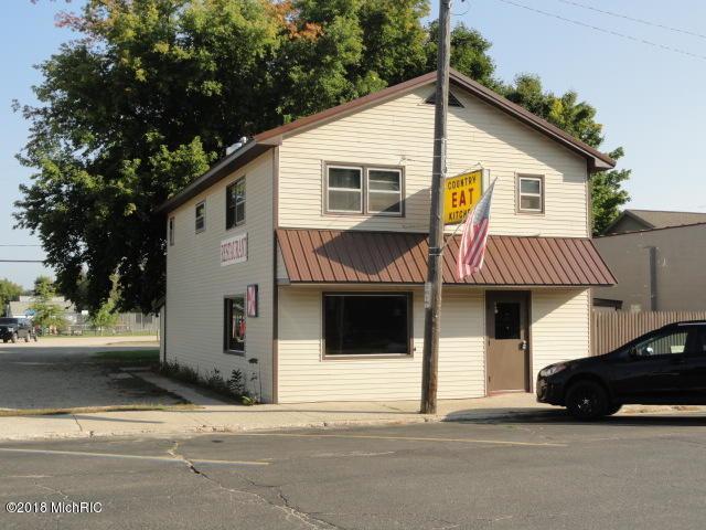 59 Northern Avenue, Barryton, MI 49305 (MLS #18052442) :: Deb Stevenson Group - Greenridge Realty