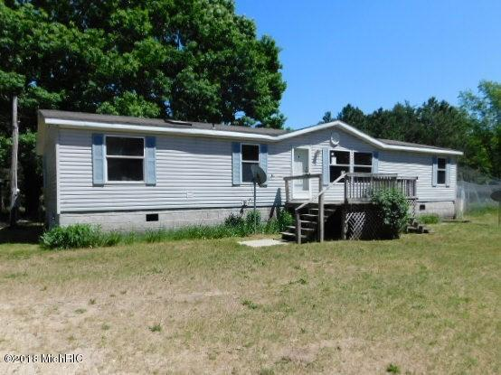 8972 Lasalle Road, Free Soil, MI 49411 (MLS #18053226) :: Deb Stevenson Group - Greenridge Realty
